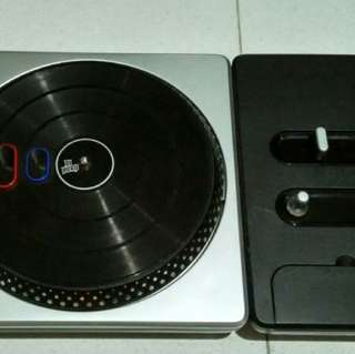 DJ Hero turntable for PS2 & 3