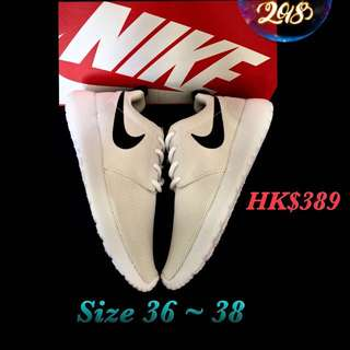 🌟Original ~ Nike ~ Shoes 🌟