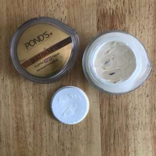 Ponds Gold Radiance Night Cream