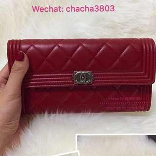 BOY CHANEL flap wallet Red