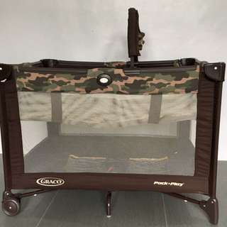 Graco Pack and Play Joe Camo