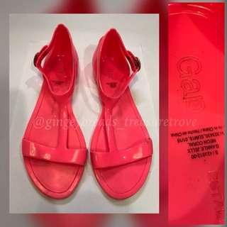 Gap Pink Tstrap Sandals