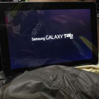 Samsung Galaxy tab phone  10.1 P7500   3G Mobile (in sim ) ( read & see my carousell information otjer mobile)
