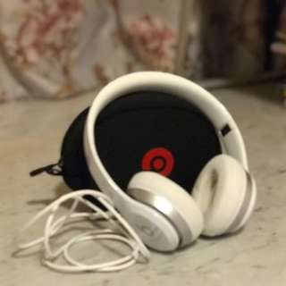 Beats Solo 2 Wired On-Ear Headphones 90%new apple