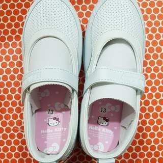 (BN) Hello Kitty White School Shoes