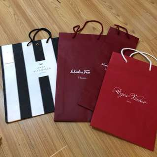 Brands shopping bags