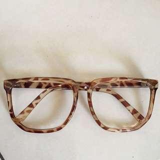 Leopard glasses 👓