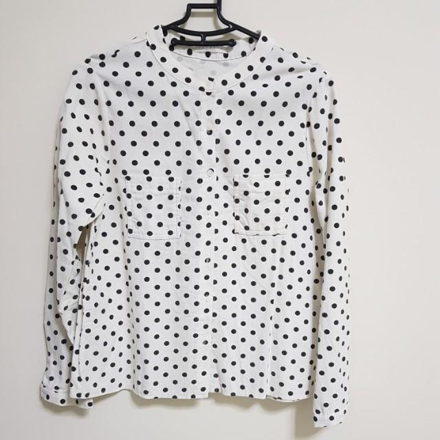 [百元]點點絨布襯衫