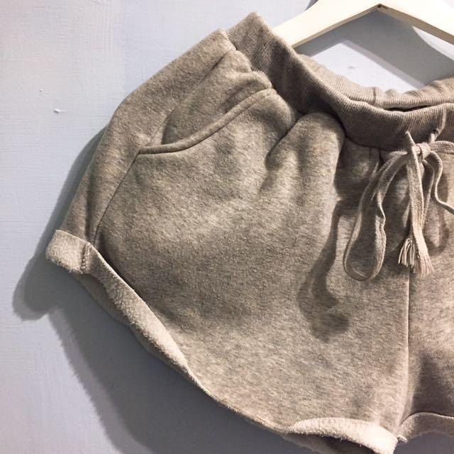 正韓純棉溫暖舒適刷毛休閒運動短褲