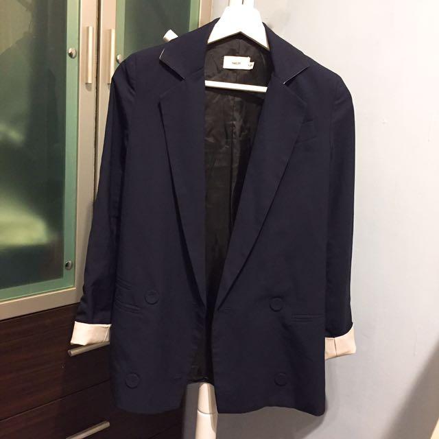 質感深藍修身西裝外套