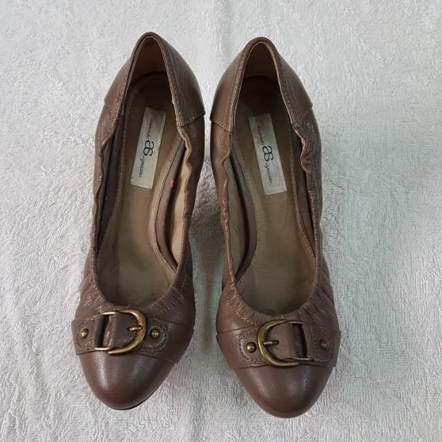 AS咖啡色跟鞋
