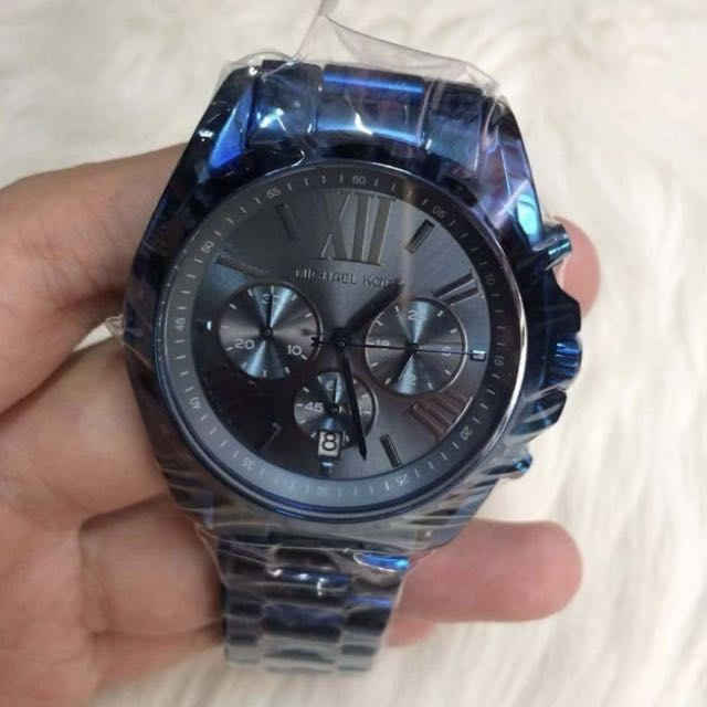 d02eac237b6 Authentic MK Bradshaw Chronograph Navy Blue Dial Men s watch
