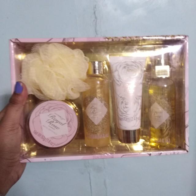 body gift set