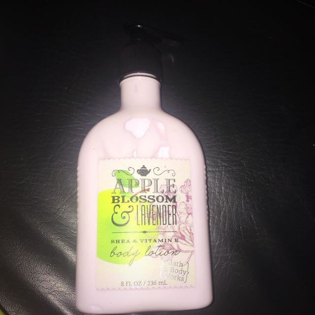 Bath & Body Works Apple Blossom and Lavander