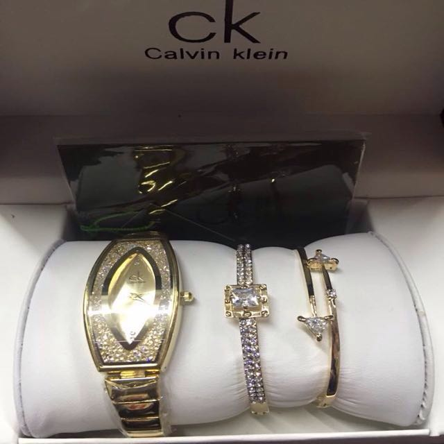 7369e045699a Calvin Klein Gold Watch with Bracelets, Women's Fashion, Watches on ...