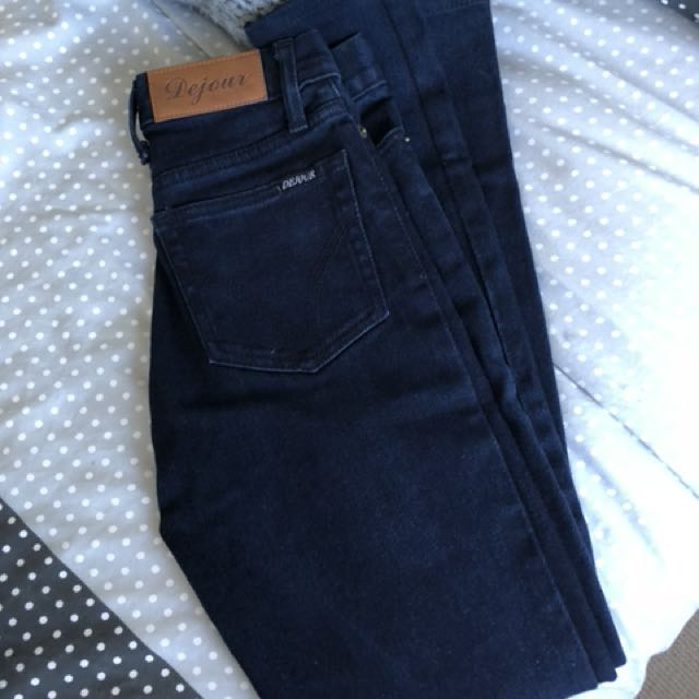 DEJOUR high waisted skinny leg navy jeans