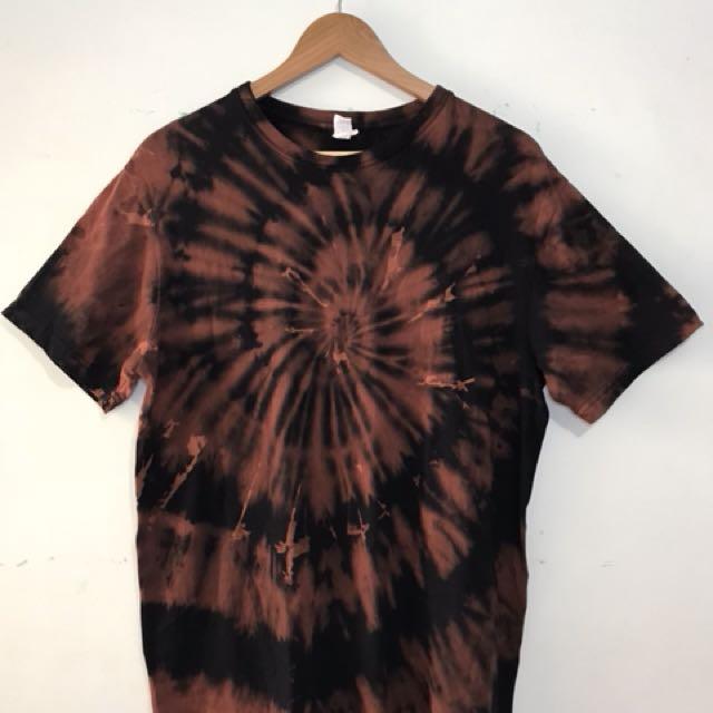DFU Clothing - Reverse Dye tie dye shirt
