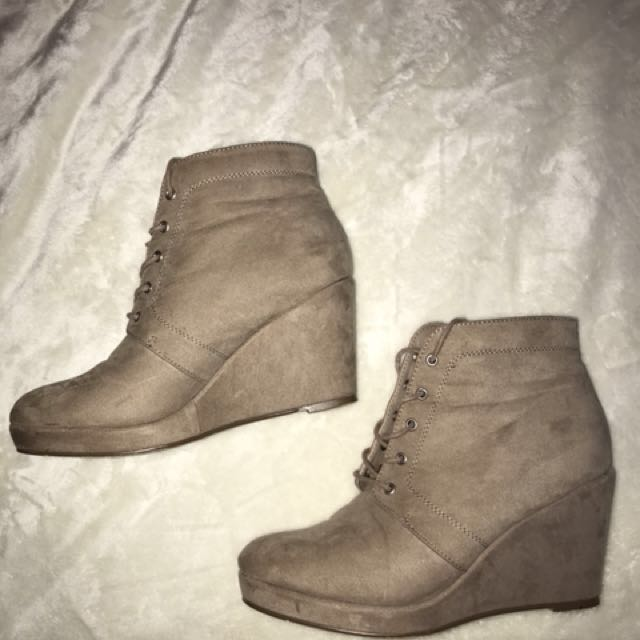 Forever 21 Brown suede wedges