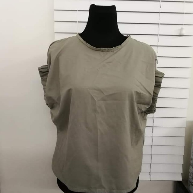 Gartered Sleeve Top