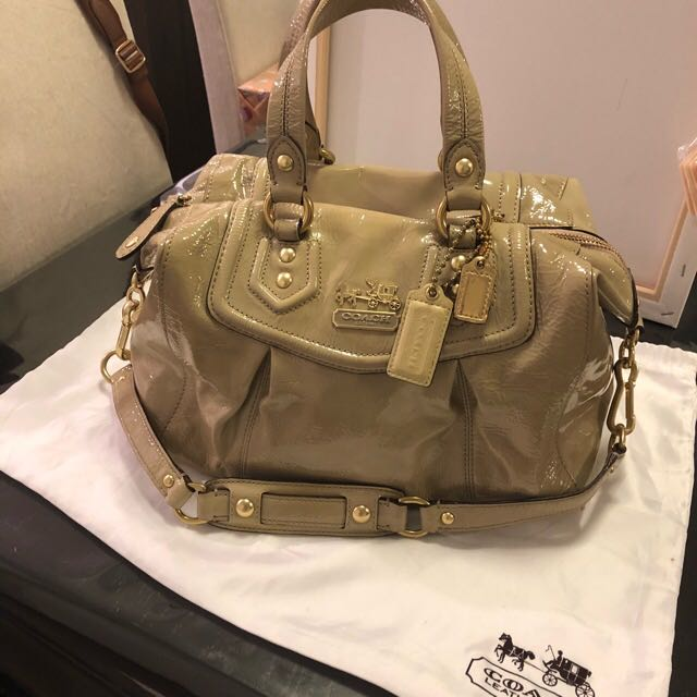 Genuine Coach Patent Leather Beige bag