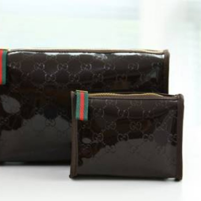 61cd4816d9a Gucci perfume cosmetic bag sale