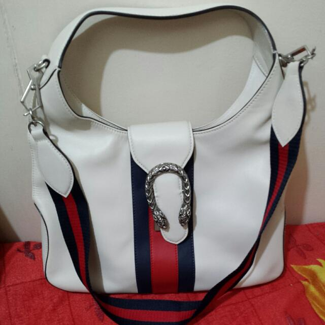 250956327aed Gucci Sling