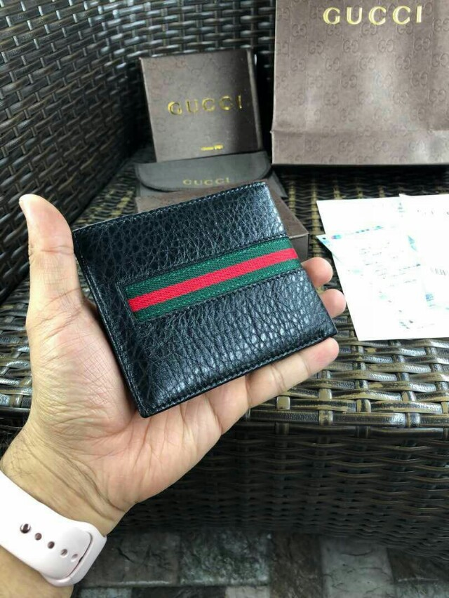 239e2e75dd2f5a GUCCI wallet, Men's Fashion, Bags & Wallets, Wallets on Carousell