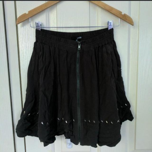 Ladakh zip through skirt