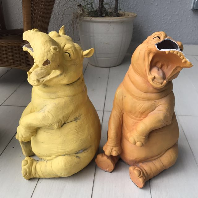 Large Hippo pots decor