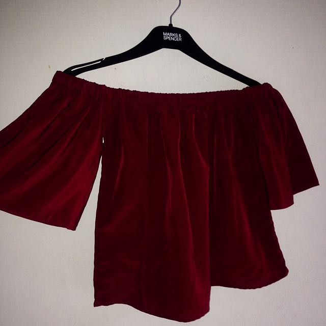 Maroon sabrina / off shoulder