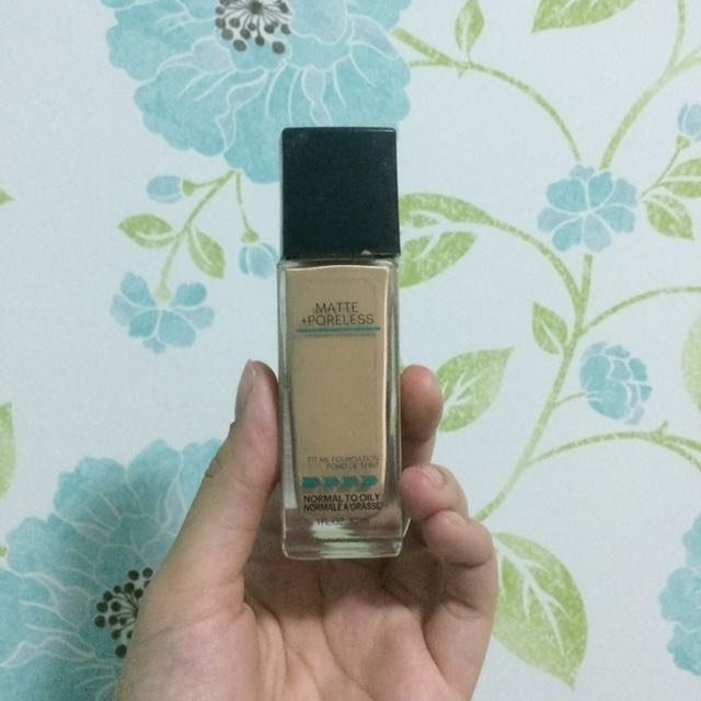 Maybelline Fit Me Matte and Poreless Foundation 128