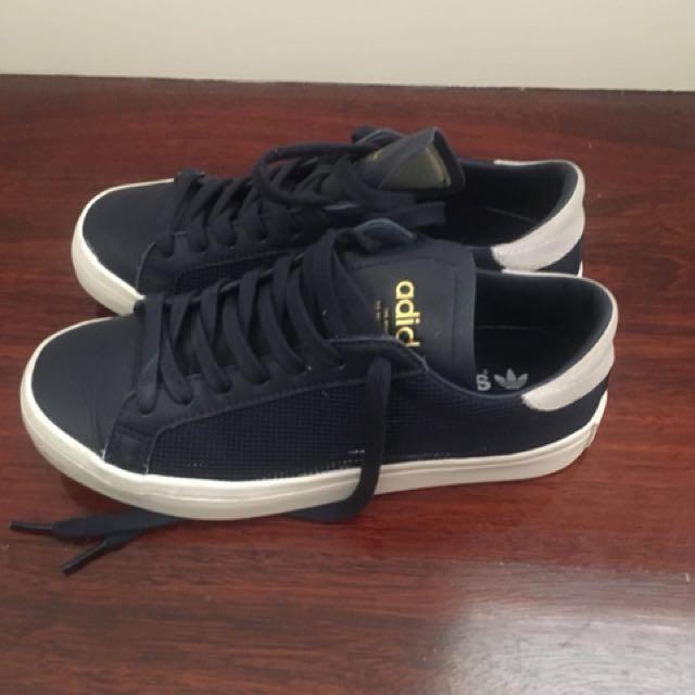 Navy adidas