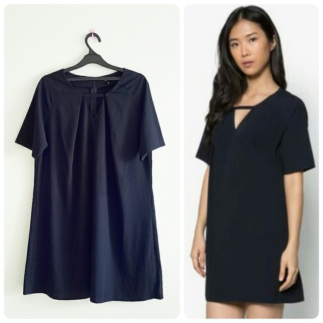 NEW ZALORA V NECK NAVY DRESS