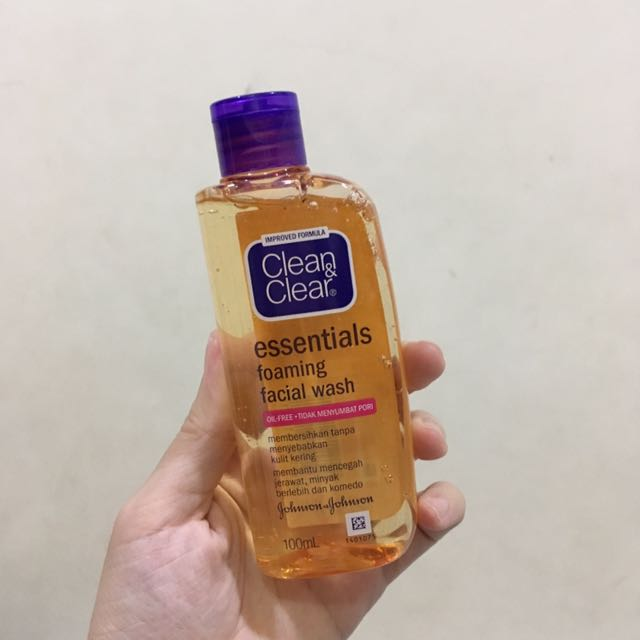 Oil-Free Face Wash