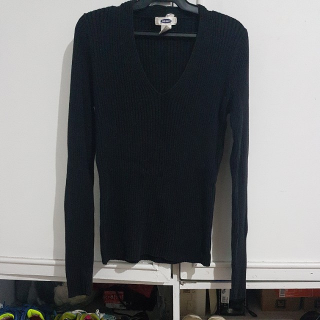 Old navy black sweater