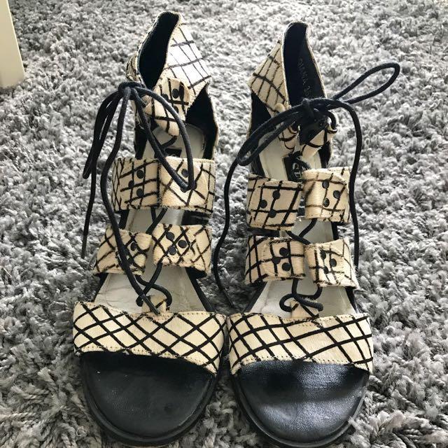 Senso Black x White Fur Lace up Sandals