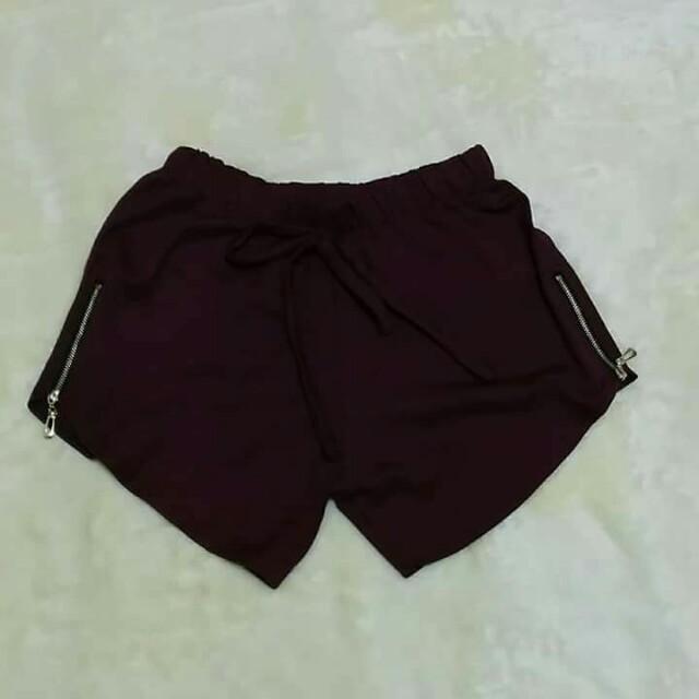 Shorts w/ zippers