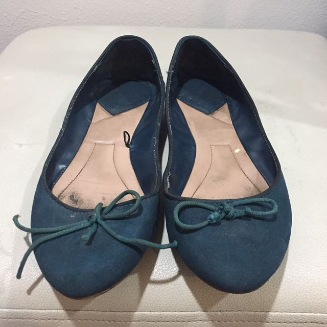 Stradivarius suede flat shoes