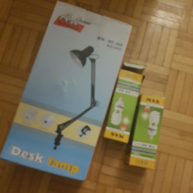 Table lamp + lights