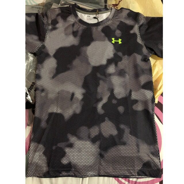 UNDER ARMOUR JERSEY