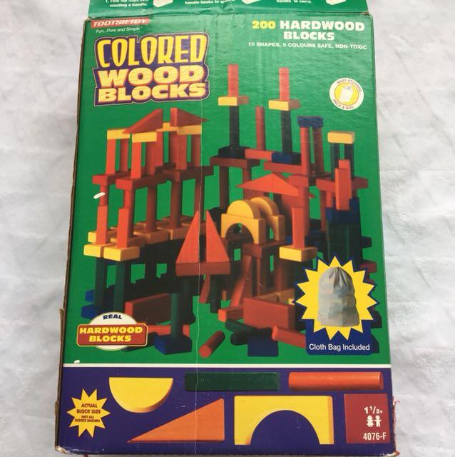 ⚫️Vintage 200 Piece Wooden Blocks