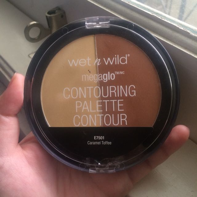 Wet n wild megaglo contouring palette shada caramel toffee