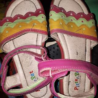 Pitter pat sandals size 30