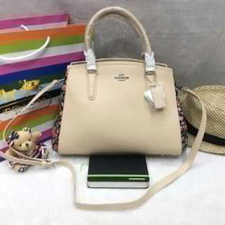 new arrival !!! Replica coacH  Hand bag with sling  P1700 free paper bag ..