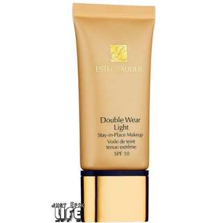 ESTEE LAUDER Double Wear Light Stay–in–Place Makeup