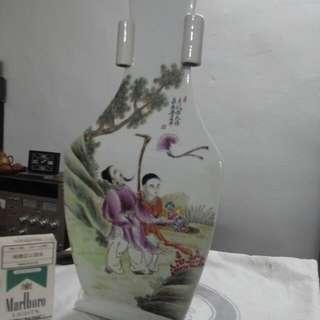 舊三邊花瓶