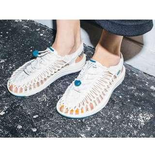 Uneek x X-girl 聯名版白淺藍女裝涼鞋