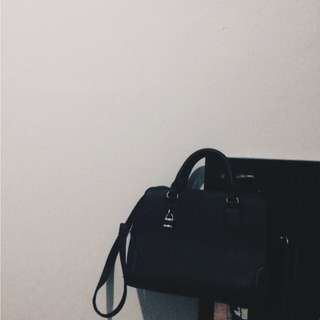 Stradivarius Black Rigid Bag with Padlock