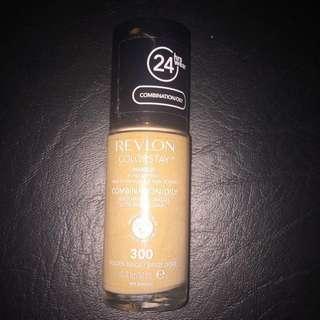Revlon Colorstay Foundation in Shade 300 (Golden Beige)