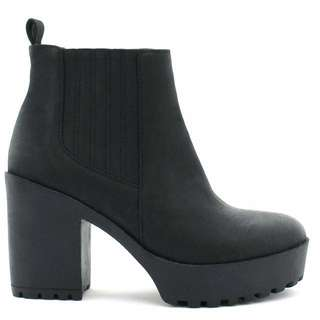 BETTS: CONRAD Black Heeled Boots